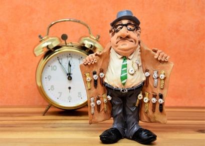watch-dealers-3066653_640